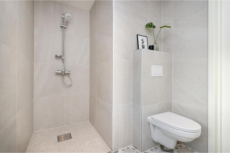 Ny dusj og toalett molde